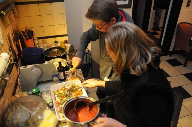 Hier seht ihr die fertige Tomatensauce, kurz bevor sie über das Gemüse gegeben wird.