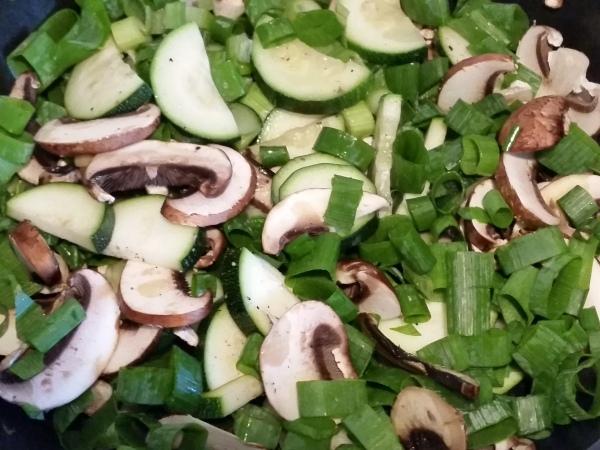 Pilze-Zucchini-Pfanne (8)