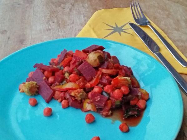 Rote-Bete-Curry mit Romanesco und Kichererbsen 9